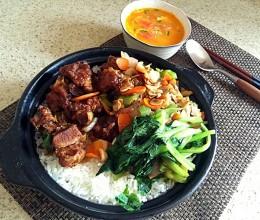 排骨砂锅饭