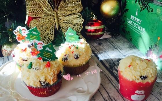 圣诞蓝莓酥粒马芬