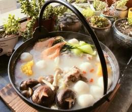 日式猪骨汤火锅