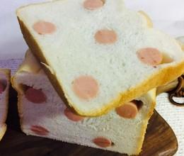 面包机版烤肠吐司