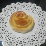 玫瑰花椰蓉小面包