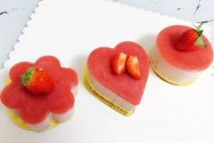 心形草莓慕斯蛋糕