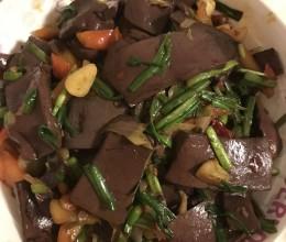 蒜苗血豆腐