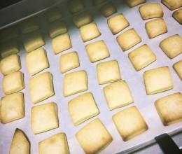 牛奶鸡蛋小饼干(玉米油)