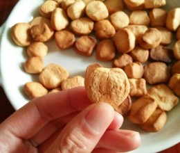 小石头饼干🍪