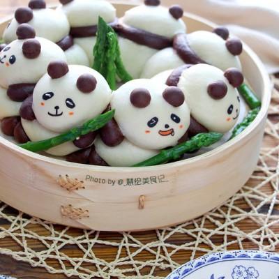 熊猫挤挤馒头