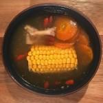 玉米猪脚汤