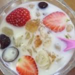 桃膠雪蓮子海椰皇甜品