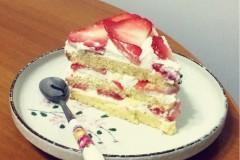 草莓花式蛋糕 (8寸活底圆模)