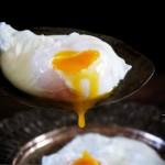 煮溏心荷包蛋的几种方法