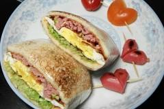 爱心早餐: 三明治(简易版)