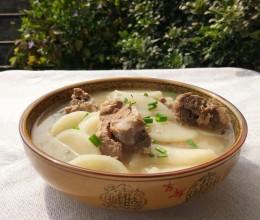 白萝卜龙骨汤