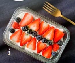 水果奶油饼干蛋糕,免烤哦!