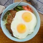 姜烧里脊煎蛋盖饭 | 太阳猫早餐