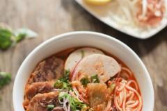 Bún Bò Hu越南辣牛肉(猪肉)面