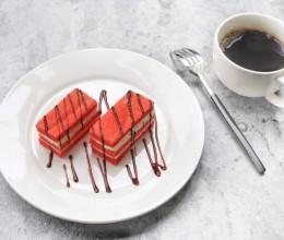红丝绒酸奶油蛋糕