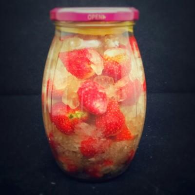 美颜草莓酒