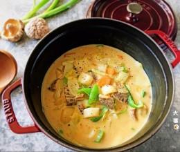 锅烧咖喱奶汁年糕,Staub铸铁锅美食