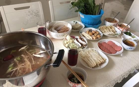 三鲜火锅的做法 三鲜火锅的家常做法 三鲜火锅怎么做