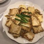 小朋友们最喜欢的-鸡蛋煎豆腐