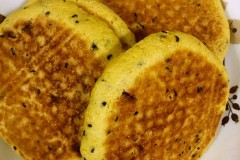 香甜玉米贴饼子