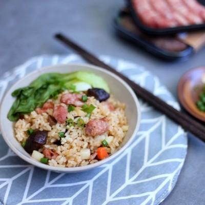 菌菇土豆香肠焖饭——齿物台式手工香肠