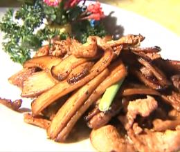 杏鲍菇黑椒炒肉
