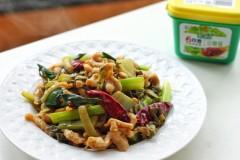 酸菜猪板筋——6月香豆瓣酱