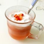 草莓芝士奶盖茶