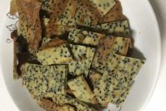 黑芝麻蛋清薄饼