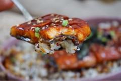 浦烧鳗鱼藜麦饭