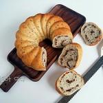黑芝麻蜜红豆面包