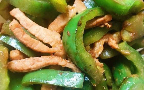 柿子椒炒肉