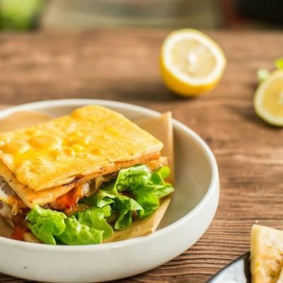 泰式鱼糕三明治