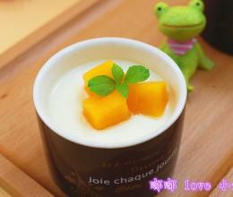 醇厚丝滑酸奶
